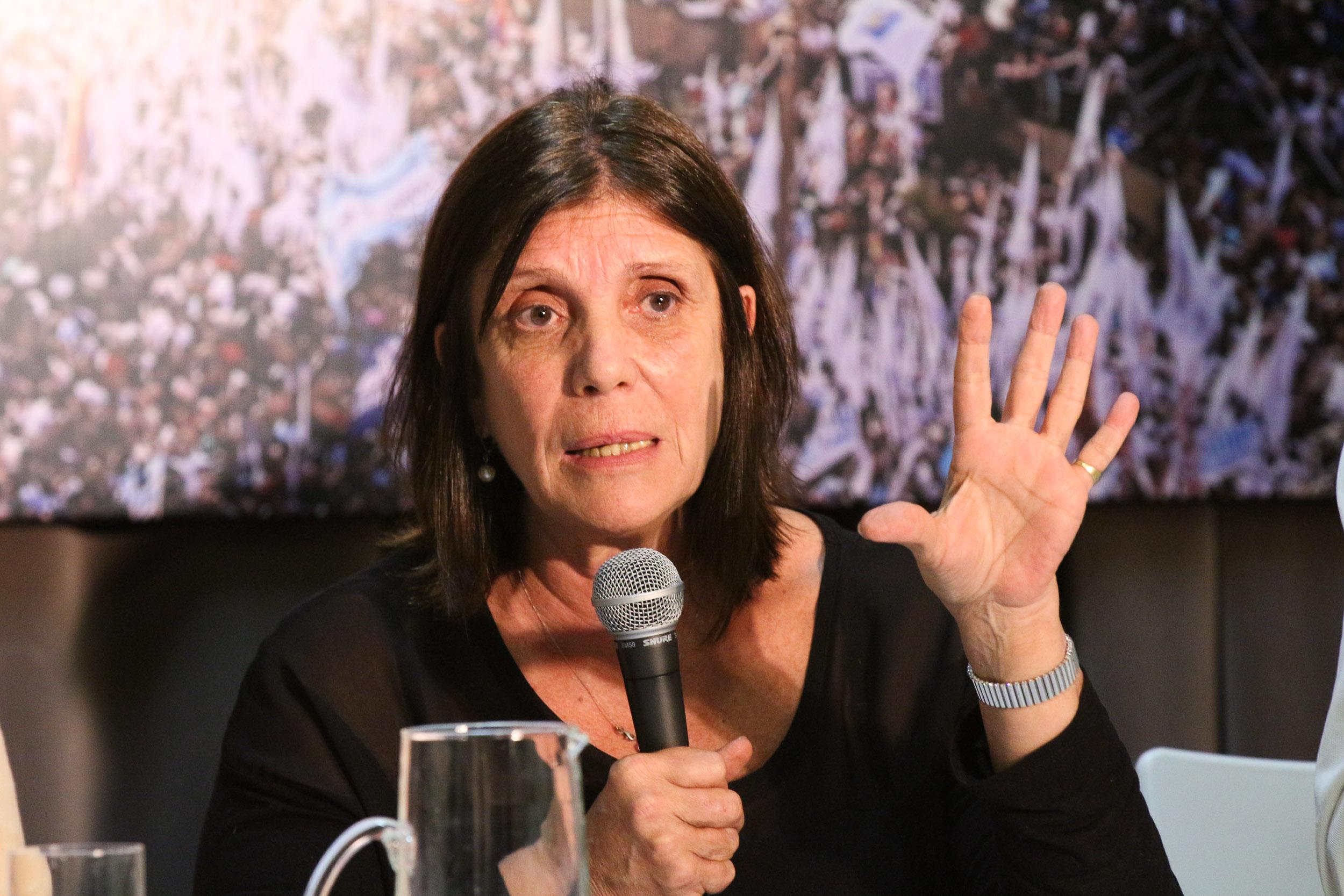 """Teresa García: """"El Estado policial tiene como origen el modelo de concentración económica""""."""
