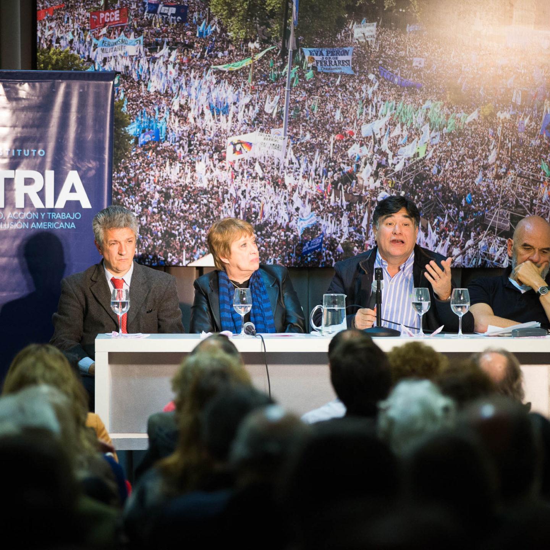 Javier Grosman: «la cultura tiene que generar conciencias críticas»
