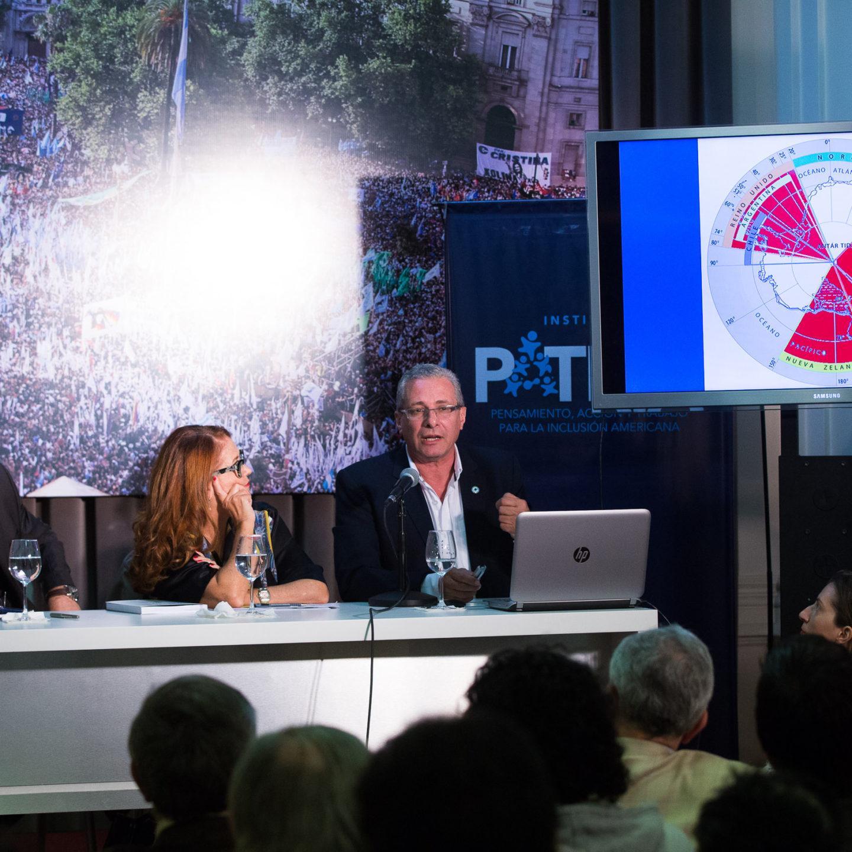 «No cambiemos Malvinas» con Alicia Castro, Edgardo Esteban y Mario Volpe