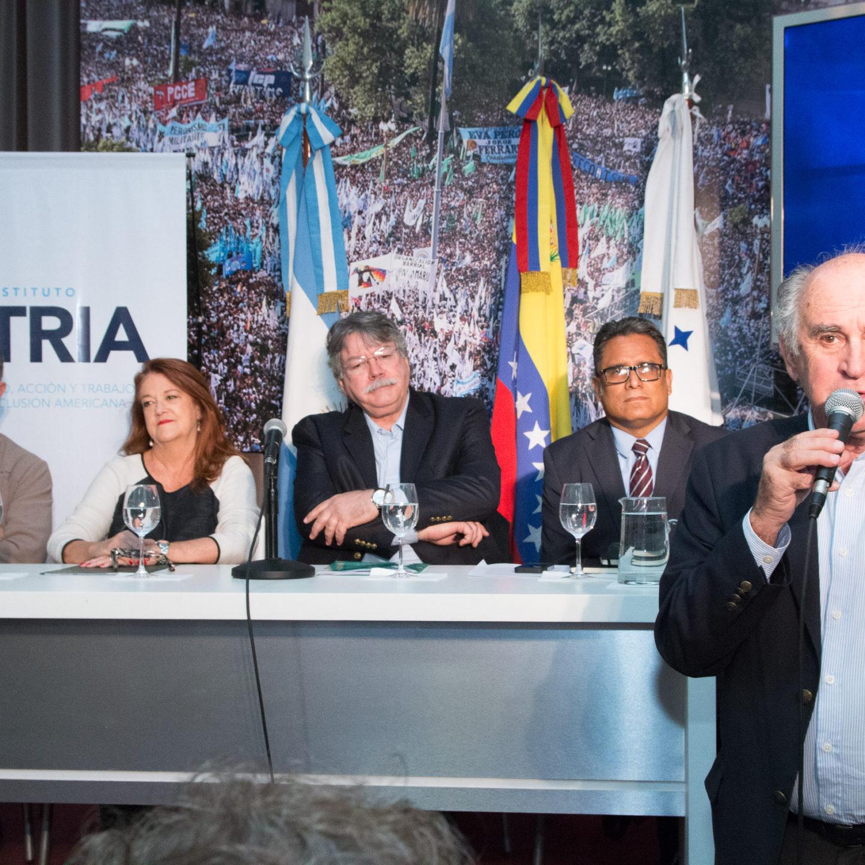 Solidaridad con Venezuela: «No a la Intervención ¡Venezuela se Respeta!»
