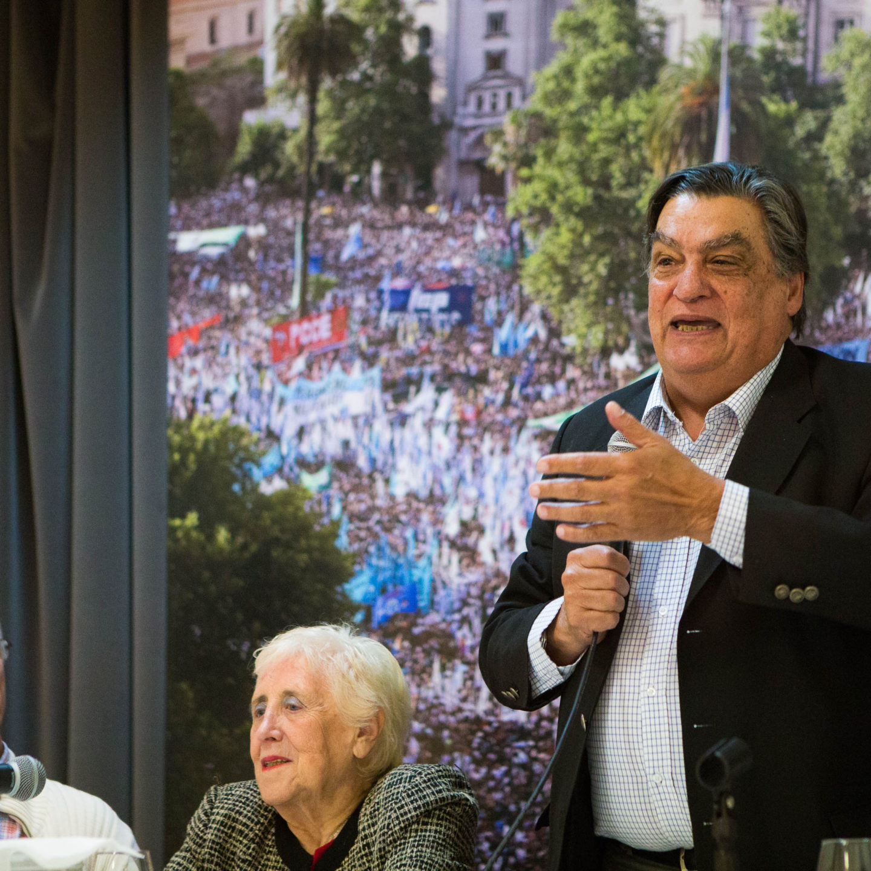 Presentación de «Sin Mordaza. Crónicas del Tsunami neoliberal», de Jorge Rachid