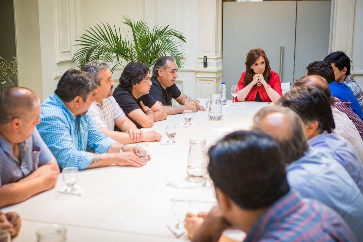 Despidos en YCRT: CFK se reunió con dirigentes sindicales y políticos de Santa Cruz