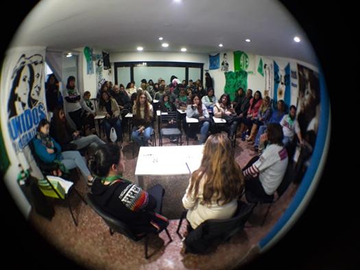 El acceso a la salud de las mujeres en el ciclo Resistencia feminista popular