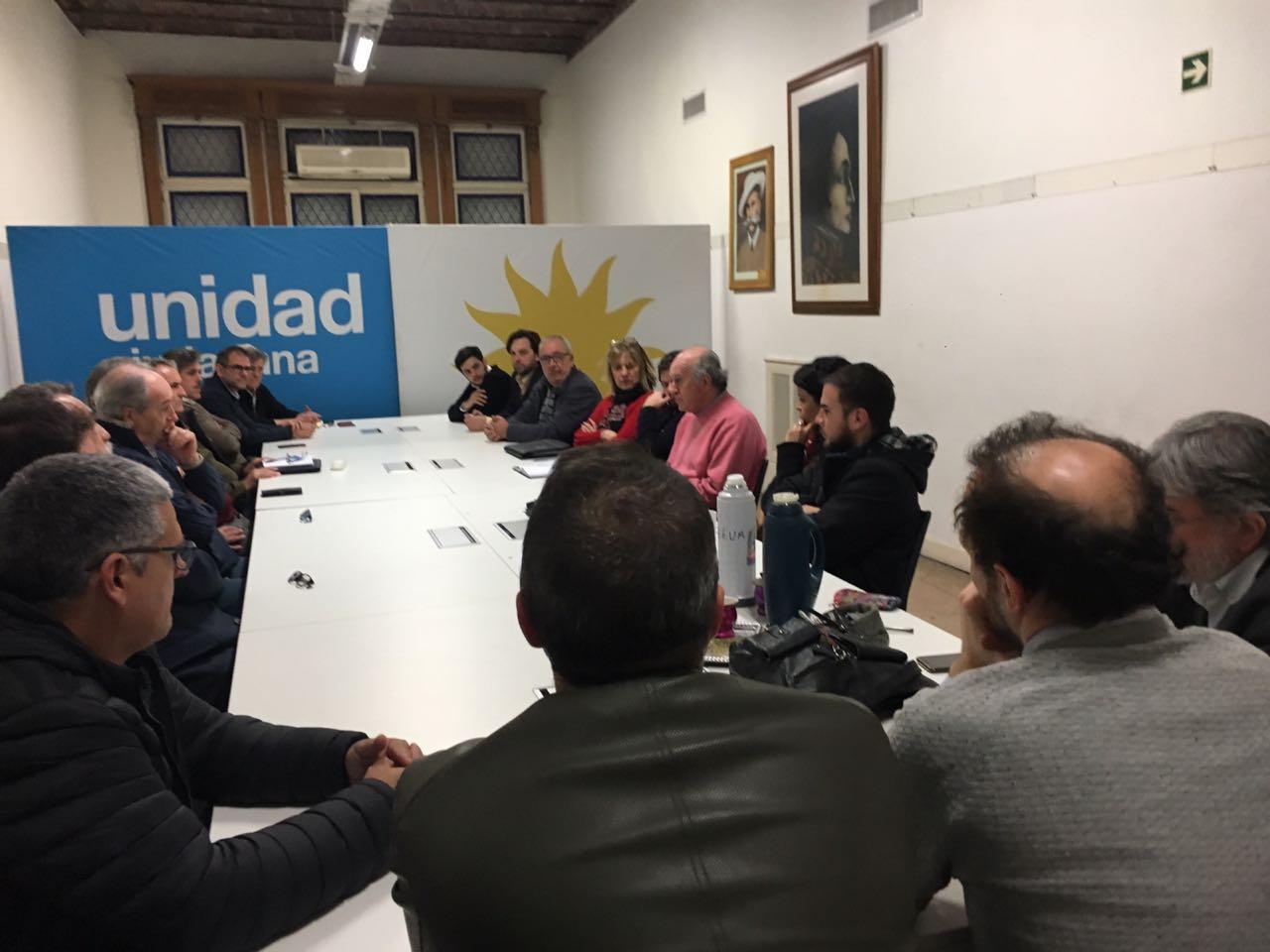 Se reúne la comisión Soberanía y Derechos Energéticos