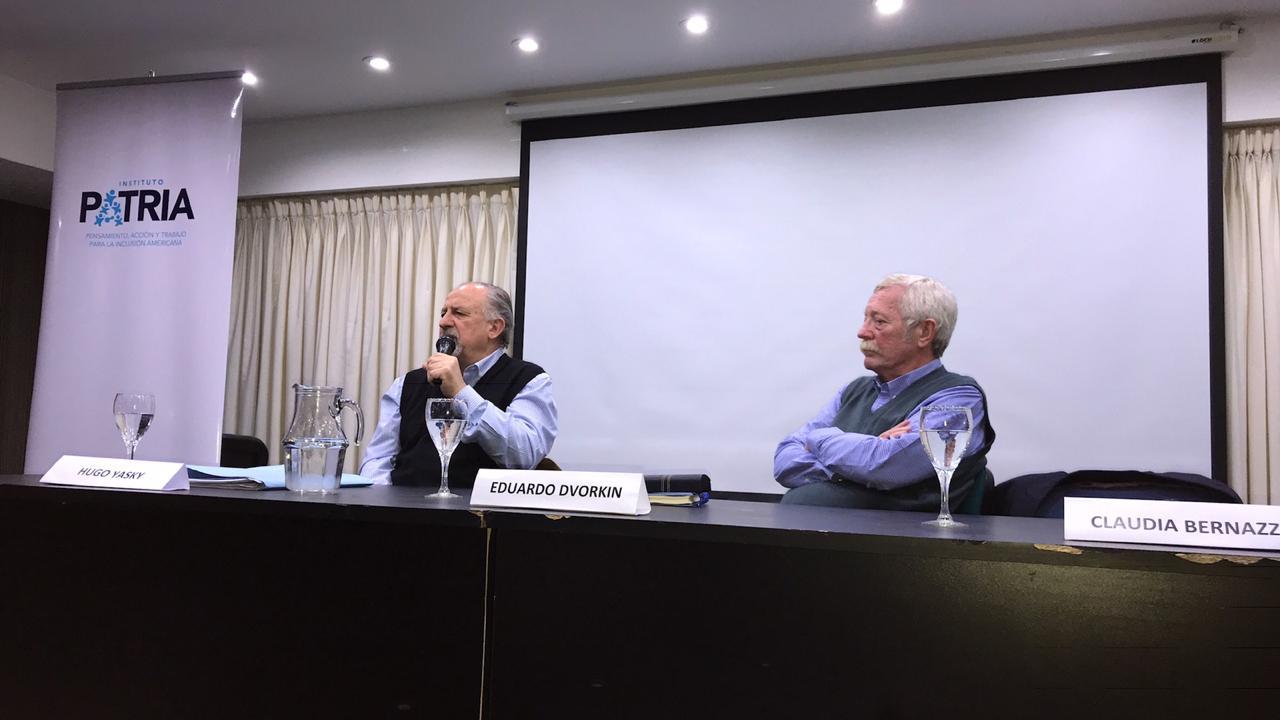 Hugo Yasky y Eduardo Dvorkin en el inicio del curso Ciencia y Tecnología para el Desarrollo Inclusivo