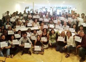 Silvina Batakis en la entrega de certificados en Ensenada