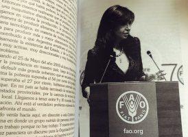 """Presentación del libro de Cristina """"Una política exterior soberana"""". 🇦🇷"""
