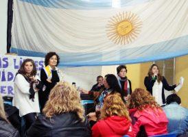 Se realizó en Merlo una charla preparatoria para el Seminario Feminismo Popular